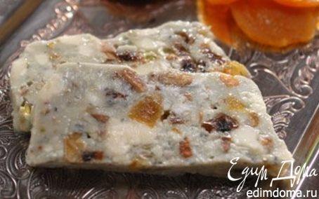 Рецепт Голубой сыр с сухофруктами