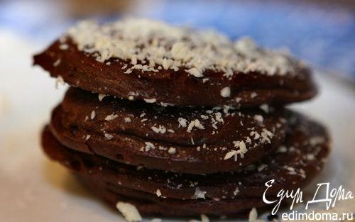 Рецепт Шоколадные оладушки со взбитыми сливками
