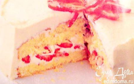 Рецепт Кокосовый торт безе со взбитыми сливками и клубник
