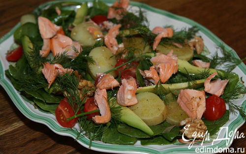 Рецепт Салат с семгой, молодым картофелем и авокадо