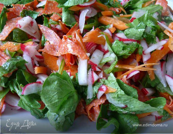 Салат из редиса с чоризо