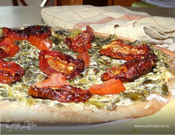 Тарт фламбе с помидорами и крем-шпинатом