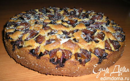 Рецепт Сливовый пирог с миндалем