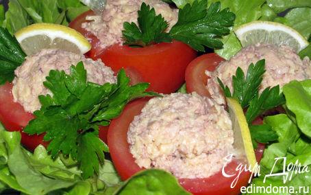 Рецепт Помидоры фаршированные печенью трески и сыром