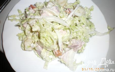 Рецепт Салат с копченой курицей и ананасами