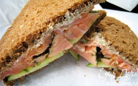 Рецепт Бутерброд с семгой и огурцом