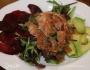 Салат с семгой в сухом маринаде из цедры и укропа