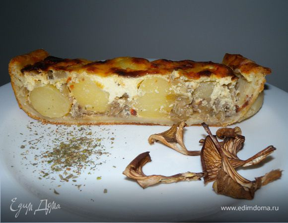 Картофельный пирог с луком и грибами