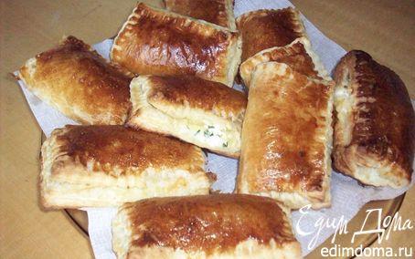 Рецепт Пирожки слоеные с творожно-сырной начинкой