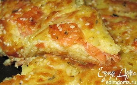Рецепт Пирог с семгой, сыром, картофелем и кунжутом (эксперимент №2)