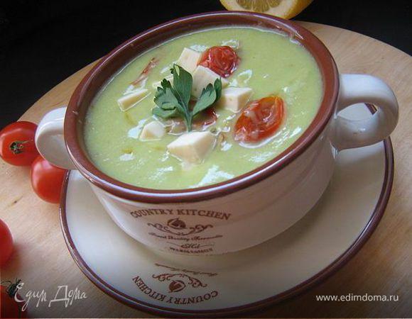 Бархатный суп-пюре из авокадо.