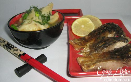 Рецепт Рыбный суп с пельменями из креветок.