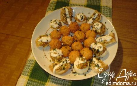 Рецепт Быстрая закуска (сырные шарики,фаршированные яйца и бутики)