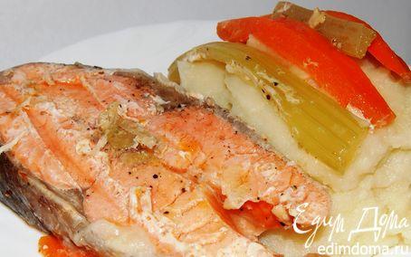 Рецепт Форель в имбирно-чесночном маринаде,запеченная на овощной подушке.