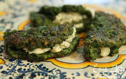 Рецепт Блинчики из шпината с голубым сыром