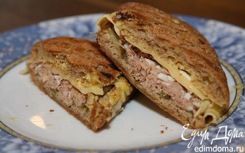 Рецепт Горячий бутерброд с тунцом и сыром по-орегонски
