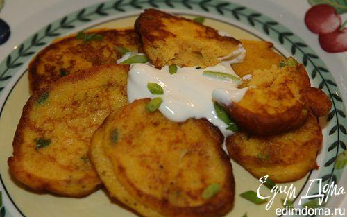 Рецепт Оладьи из тыквы и картошки с зеленым луком и мускатным орехом