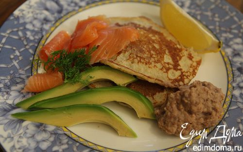 Рецепт Гречневые блины с семгой и хумусом