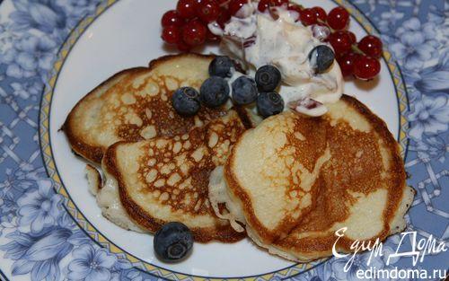 Рецепт Творожные оладьи с ягодами