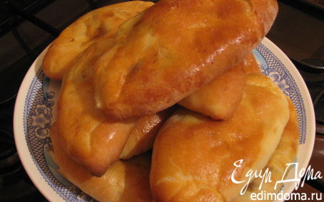 Рецепт Пирожки с луком и яйцами