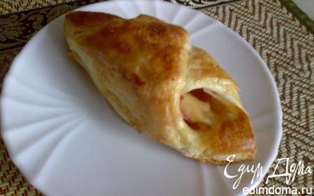 Рецепт Слоеные узелки с докторской колбасой и сыром