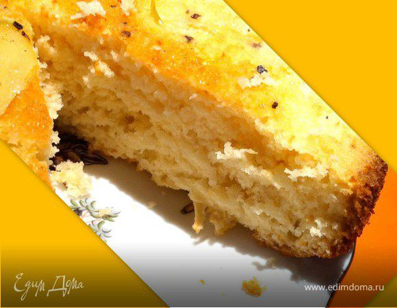 Апельсиновый бисквит с яблоками