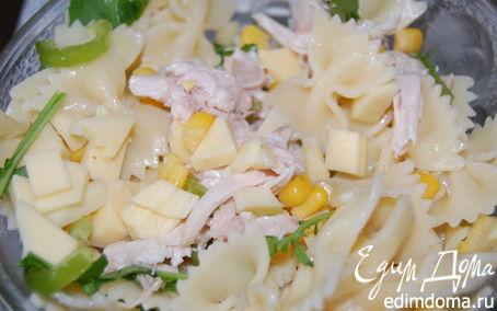 Рецепт Салат «Весёленькие бантики»