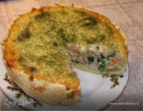 Киш с мясом, шпинатом и сыром