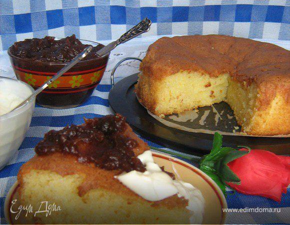 Пирог из кускуса со сметаной и финиковым сиропом