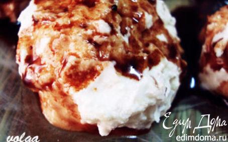 Рецепт Орехово-творожные шарики с шоколадным соусом