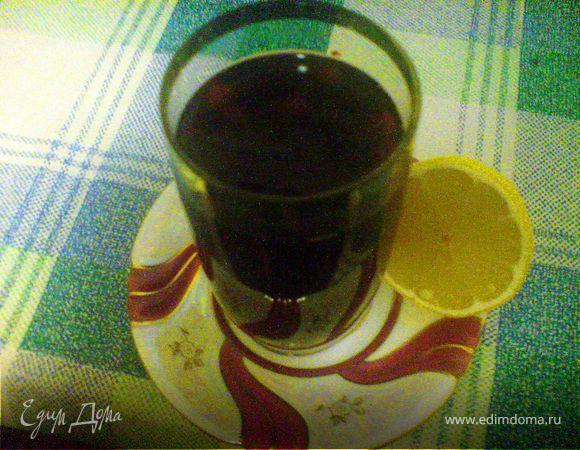Компотик из свежезамороженных ягод с лимоном