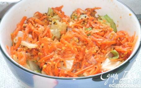 Рецепт Витаминный салат из моркови и яблок