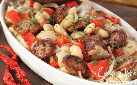 Рецепт Белая фасоль, запеченная с красным перцем и острыми колбасками