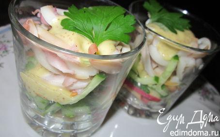 Рецепт Салат-коктейль с кальмаром и яблоками