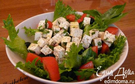 Рецепт Греческий салат с маринованным сыром
