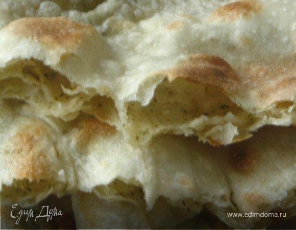Хлеб-лепешка с ореховой травой