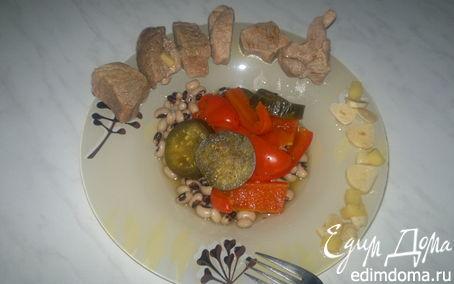 Рецепт Свинина бальзамик с пикантным соусом и фасолью с овощами