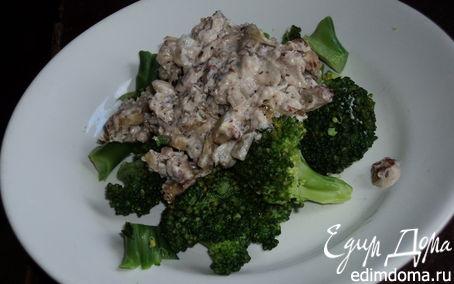 Рецепт Брокколи в имбирно-миндальном соусе в пароварке