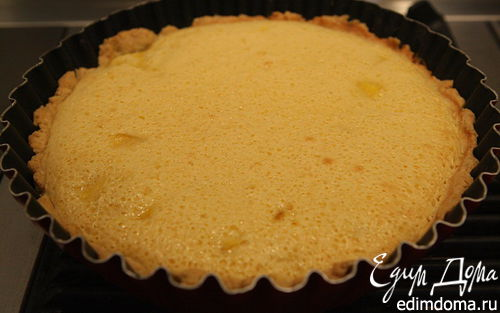 Рецепт – Песочный пирог с миндалем и манго
