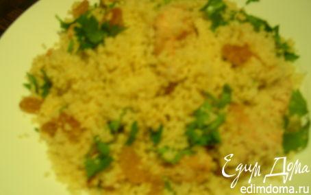 Рецепт Теплый салат из кускуса с курицей, кинзой и изюмом