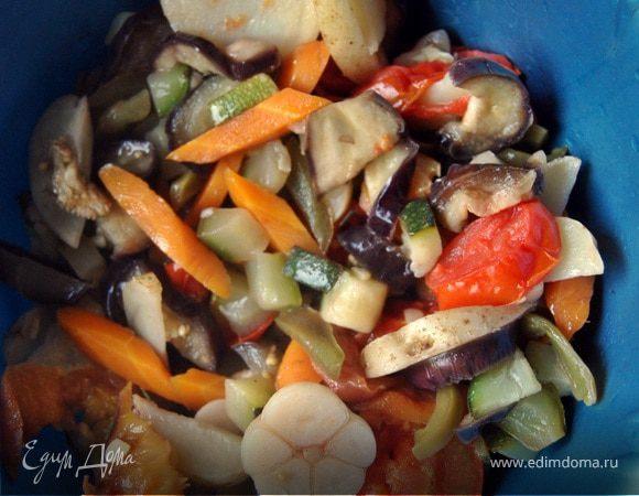 Овощи запеченные на углях, с персиками