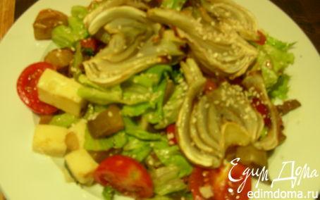 Рецепт Салат из жареных овощей с сыром и кунжутом