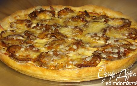 Рецепт Пирог с баклажанами, колбасой и творожным сыром