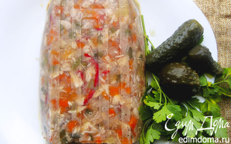 Рецепт Заливной террин с курицей и овощами