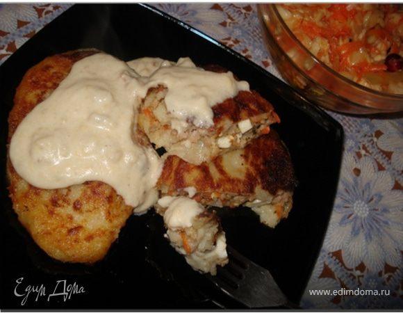 Картофельные зразы и лепешки с одной начинкой