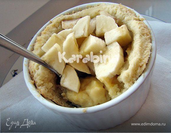 Пирожные с заварным кремом и фруктами