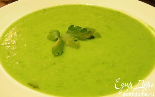 Рецепт Легкий суп-пюре с зеленым горошком и эстрагоном
