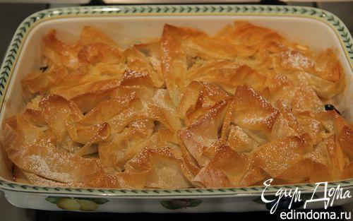 Рецепт Яблоки и чернослив под хрустящим фило