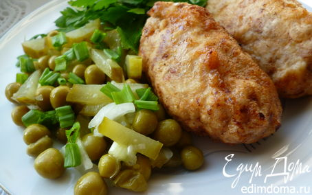 Рецепт Отбивная котлета с начинкой из омлетных блинчиков и козьего сыра(свиная)