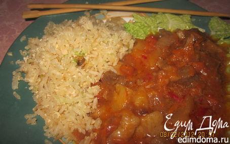 Рецепт Свинина в кисло-сладком соусе с жареным рисом на гарнир - Ужин родом из Китая